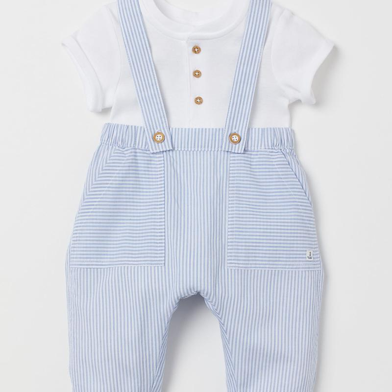 Baby Archie's $20 H&M Bib Overalls Were Perfect - He Looks Just Like His Dad in Them
