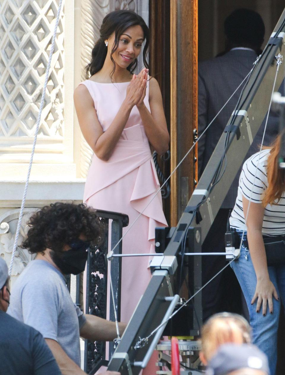 <p>Zoe Saldana films a wedding scene for an episode of <em>From Scratch</em> in L.A. on Tuesday.</p>