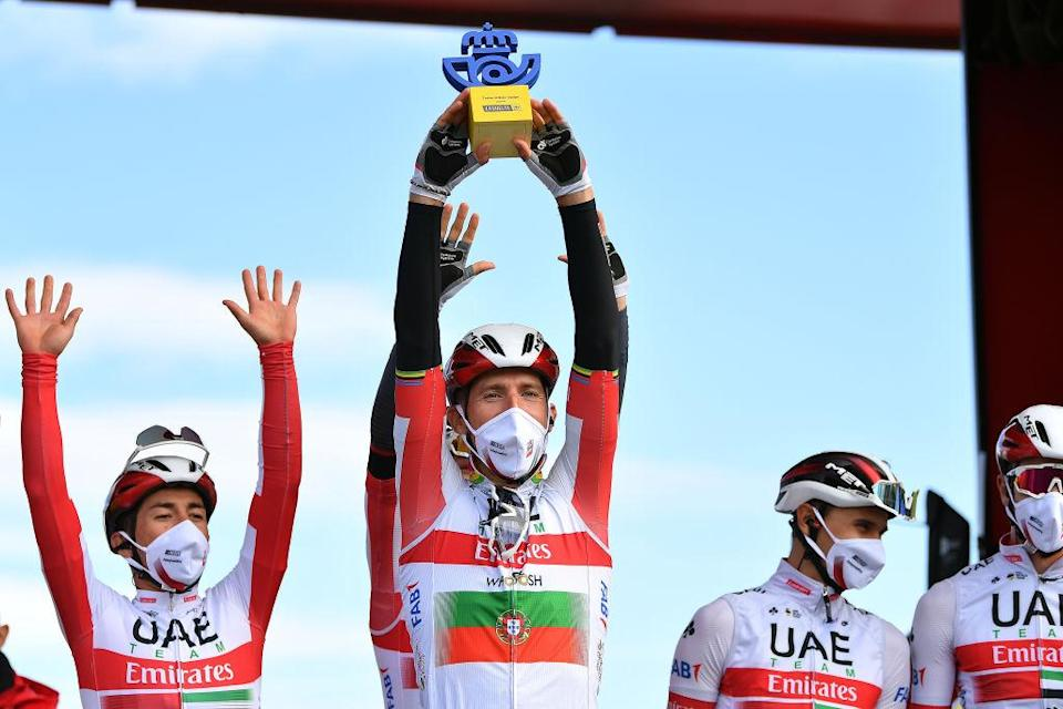 VILLANUEVA DE VALDEGOVIA SPAIN  OCTOBER 27 Start  Sergio Henao Montoya of Colombia and UAE Team Emirates  Rui Alberto Faria Da Costa of Portugal and UAE Team Emirates  Best Team  Trophy  Celebration  VitoriaGasteiz  Team Presentation  Mask  Covid Safety Measures  during the 75th Tour of Spain 2020 Stage 7 a 1597km from VitoriaGasteiz to Villanueva de Valdegovia  lavuelta  LaVuelta20  La Vuelta  on October 27 2020 in Villanueva de Valdegovia Spain Photo by Justin SetterfieldGetty Images