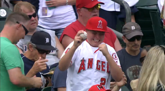 A young fan gets emotional after getting a Mike Trout autograph. (MLB.com Screenshot)