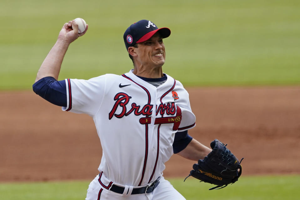 Atlanta Braves starting pitcher Charlie Morton delivers in the first Inning of a baseball game against the Washington Nationals, Monday, May 31, 2021, in Atlanta. (AP Photo/John Bazemore)