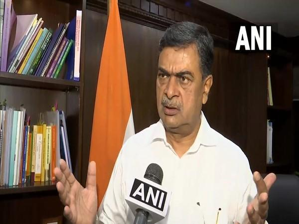 Union Power Minister RK Singh (file photo)