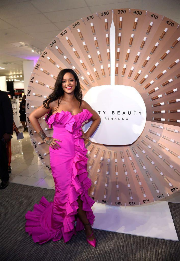 <p>In a fuchsia Calvin Klein strapless gown with ruffle trim for a fête at Sephora inside JCP in Brooklyn, New York.<br></p>