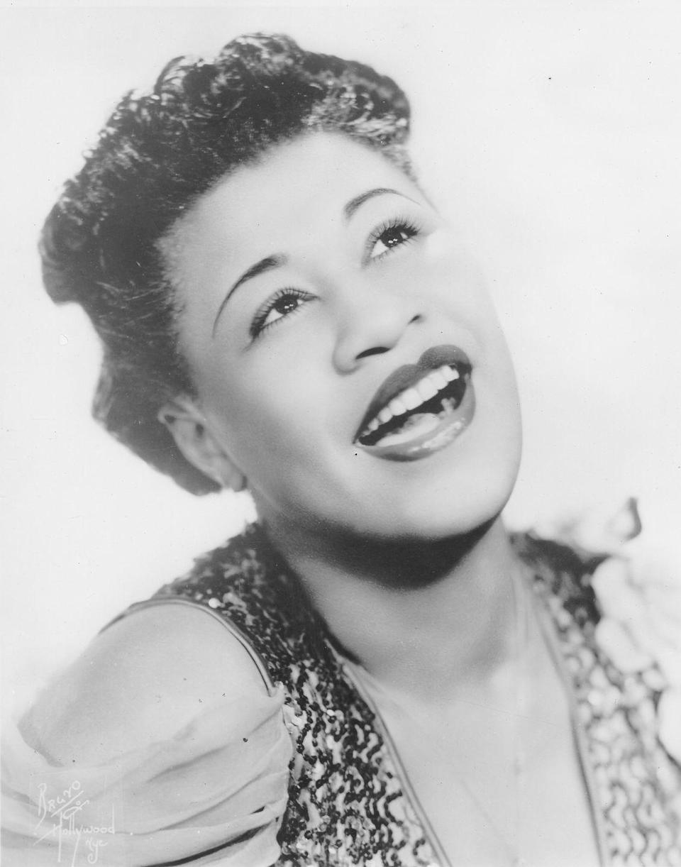 <p>The Queen of Jazz tuned her vocal cords performing at various amateur nights and as a member in several different bands before making a solo name for herself. </p>