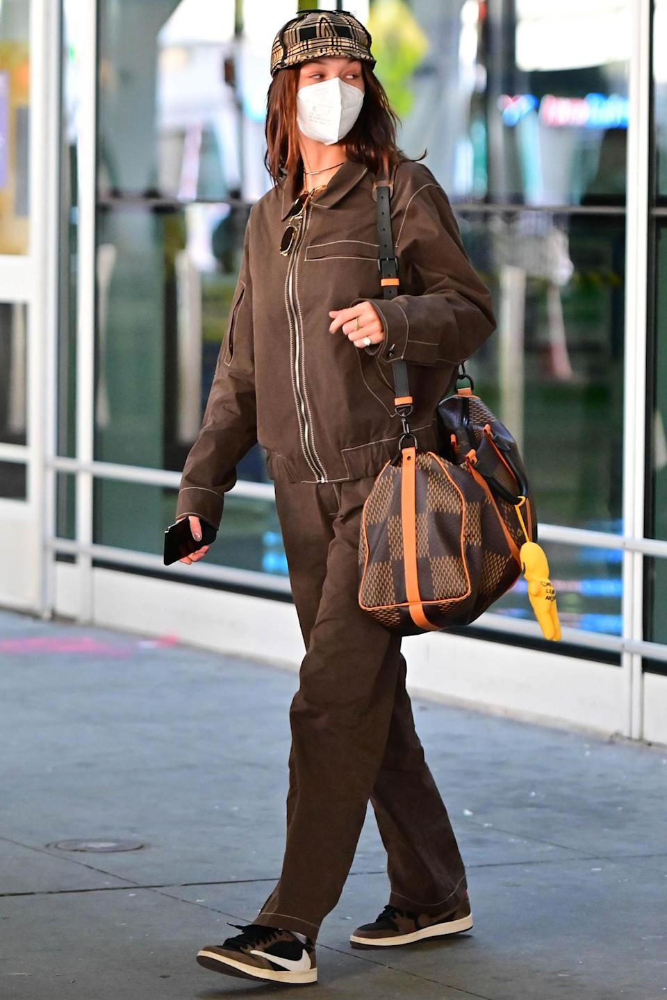<p>Bella Hadid was seen at JFK Airport in New York City after returning from Milan Fashion Week.</p>