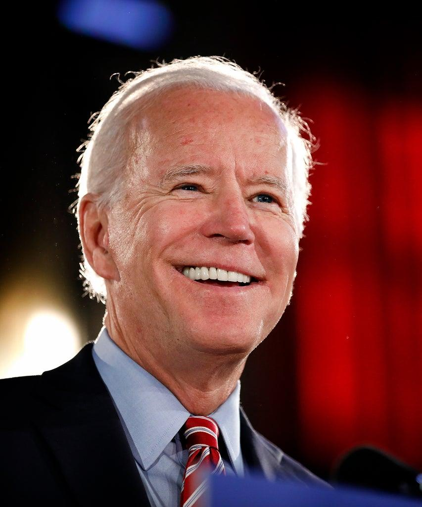 SCRANTON, PA – OCTOBER 23: Democratic Presidential candidate Joe Biden lays out his economic policy plan to help rebuild the middle class during a campaign stop at the Scranton Cultural Center on October 23, 2019 in Scranton, Pennsylvania. Biden has been a frontrunner for the candidacy but Elizabeth Warren has been gaining in recent polls. (Photo by Rick Loomis/Getty Images)