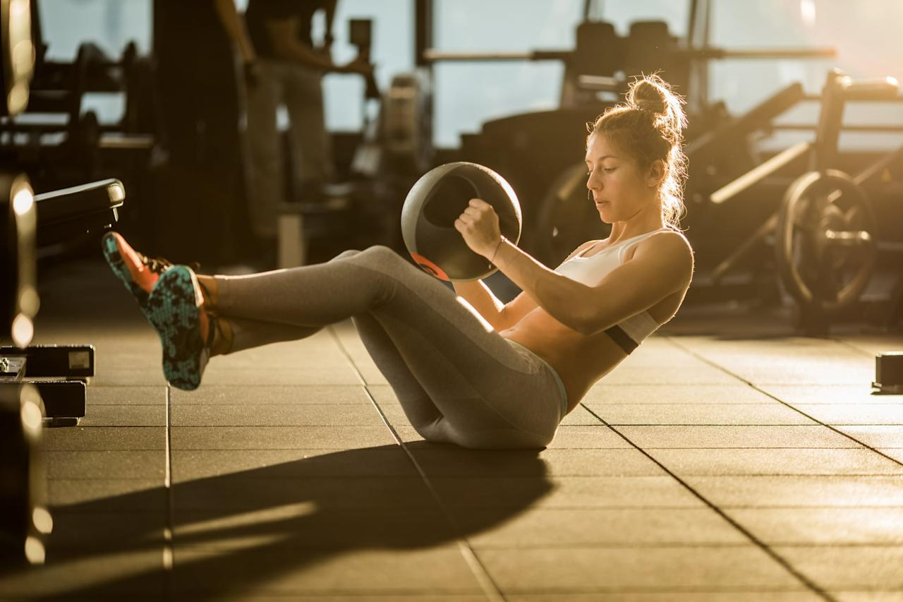 "<p>On the fitness side of things, you want to focus on building muscle and burning calories, Nick told POPSUGAR. Large, compound movements can help with the muscle-building, which will boost your metabolism to help you burn calories and fat after your workout is over. He recommended multi-muscle group moves like:</p> <ul> <li><a href=""https://www.popsugar.com/fitness/How-Do-Squats-8876316"" class=""ga-track"" data-ga-category=""Related"" data-ga-label=""https://www.popsugar.com/fitness/How-Do-Squats-8876316"" data-ga-action=""In-Line Links"">Squats</a></li> <li><a href=""https://www.popsugar.com/fitness/How-Do-Deadlifts-9237562"" class=""ga-track"" data-ga-category=""Related"" data-ga-label=""https://www.popsugar.com/fitness/How-Do-Deadlifts-9237562"" data-ga-action=""In-Line Links"">Deadlifts</a></li> <li><a href=""https://www.popsugar.com/fitness/How-Do-Lunge-22901753"" class=""ga-track"" data-ga-category=""Related"" data-ga-label=""https://www.popsugar.com/fitness/How-Do-Lunge-22901753"" data-ga-action=""In-Line Links"">Lunges</a></li> <li><a href=""https://www.popsugar.com/fitness/How-Do-Pull-Ups-45207658"" class=""ga-track"" data-ga-category=""Related"" data-ga-label=""https://www.popsugar.com/fitness/How-Do-Pull-Ups-45207658"" data-ga-action=""In-Line Links"">Pull-ups</a></li> </ul> <p>For ab training in particular, Nick recommended utilizing a variety of intensities and exercises to make sure you're targeting every part of your core. Try a mix of heavy ab training, rotational moves, and stabilizing exercises, including:</p> <ul> <li><a href=""https://www.popsugar.com/fitness/How-Do-Cable-Crunches-44830200"" class=""ga-track"" data-ga-category=""Related"" data-ga-label=""https://www.popsugar.com/fitness/How-Do-Cable-Crunches-44830200"" data-ga-action=""In-Line Links"">Cable crunches</a></li> <li>Dumbbell crunches</li> <li><a href=""https://www.popsugar.com/fitness/photo-gallery/23879209/image/31147949/Seated-Russian-Twist"" class=""ga-track"" data-ga-category=""Related"" data-ga-label=""https://www.popsugar.com/fitness/photo-gallery/23879209/image/31147949/Seated-Russian-Twist"" data-ga-action=""In-Line Links"">Russian twists</a></li> <li><a href=""https://www.popsugar.com/fitness/Best-Plank-Variations-45050629"" class=""ga-track"" data-ga-category=""Related"" data-ga-label=""https://www.popsugar.com/fitness/Best-Plank-Variations-45050629"" data-ga-action=""In-Line Links"">Planks</a></li> <li><a href=""https://www.popsugar.com/fitness/How-Do-Pallof-Press-45345493"" class=""ga-track"" data-ga-category=""Related"" data-ga-label=""https://www.popsugar.com/fitness/How-Do-Pallof-Press-45345493"" data-ga-action=""In-Line Links"">Pallof presses</a></li> <li><a href=""https://www.popsugar.com/fitness/photo-gallery/43519603/image/43519606/Double-Leg-Lifts"" class=""ga-track"" data-ga-category=""Related"" data-ga-label=""https://www.popsugar.com/fitness/photo-gallery/43519603/image/43519606/Double-Leg-Lifts"" data-ga-action=""In-Line Links"">Double leg lifts</a></li> <li><a href=""https://www.popsugar.com/fitness/photo-gallery/44901856/image/44901922/V-Sit-Hold"" class=""ga-track"" data-ga-category=""Related"" data-ga-label=""https://www.popsugar.com/fitness/photo-gallery/44901856/image/44901922/V-Sit-Hold"" data-ga-action=""In-Line Links"">V-ups</a></li> <li><a href=""https://www.popsugar.com/fitness/Ab-Wheel-Exercises-46279239"" class=""ga-track"" data-ga-category=""Related"" data-ga-label=""https://www.popsugar.com/fitness/Ab-Wheel-Exercises-46279239"" data-ga-action=""In-Line Links"">Ab wheel roll-outs</a></li> </ul> <p>To target this area and burn fat more quickly, Nick recommended working out fasted and pairing a difficult ab workout with low-intensity, steady-state cardio or upper-body HIIT. (Fasted cardio in particular can <a href=""https://www.popsugar.com/fitness/Does-Fasted-Cardio-Burn-Fat-45698883"" class=""ga-track"" data-ga-category=""Related"" data-ga-label=""https://www.popsugar.com/fitness/Does-Fasted-Cardio-Burn-Fat-45698883"" data-ga-action=""In-Line Links"">burn more calories from fat</a>, but it's important to note that some experts <a href=""https://www.popsugar.com/fitness/Should-I-Eat-Before-Morning-Workout-Lose-Weight-46424013"" class=""ga-track"" data-ga-category=""Related"" data-ga-label=""https://www.popsugar.com/fitness/Should-I-Eat-Before-Morning-Workout-Lose-Weight-46424013"" data-ga-action=""In-Line Links"">don't recommend fasted workouts for weight loss</a>.) Jackie also recommended committing to a consistent gym routine; <a href=""https://www.popsugar.com/fitness/How-Often-Should-I-Work-Out-Lose-Belly-Fat-46026676"" class=""ga-track"" data-ga-category=""Related"" data-ga-label=""https://www.popsugar.com/fitness/How-Often-Should-I-Work-Out-Lose-Belly-Fat-46026676"" data-ga-action=""In-Line Links"">five days is a good goal</a> for burning belly fat, with a mix of two or three days of strength training and the rest cardio. You should also be focusing on your core during every workout and exercise you do. ""The more you <a href=""https://www.popsugar.com/fitness/How-Do-I-Engage-My-Core-45785442"" class=""ga-track"" data-ga-category=""Related"" data-ga-label=""https://www.popsugar.com/fitness/How-Do-I-Engage-My-Core-45785442"" data-ga-action=""In-Line Links"">engage your core</a>, the more you will tone it,"" Jackie said.</p>"