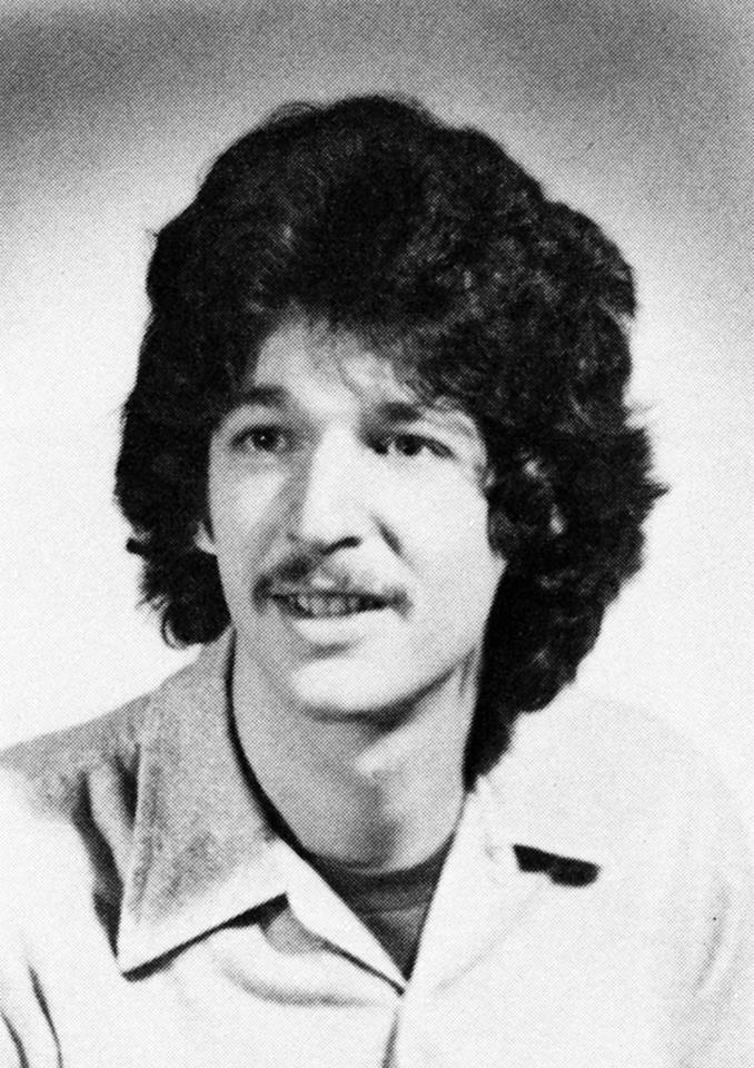 """Howard Stern got his start in radio at Boston University with the """"King Schmaltz Bagel Hour."""" The rest, of course, is history. He graduated from college in 1976 and began his legendary career, eventually becoming the """"King of All Media."""" Not bad. <a href=""""http://bit.ly/yVrlv3"""" rel=""""nofollow"""">View the entire gallery at Snakkle.</a>"""