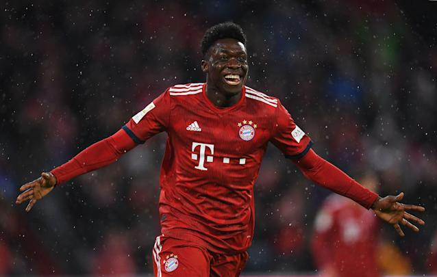 "<a class=""link rapid-noclick-resp"" href=""/soccer/players/800468/"" data-ylk=""slk:Alphonso Davies"">Alphonso Davies</a> became Bayern Munich's youngest league scorer in two decades when he got the final goal in Sunday's 6-0 win Sunday over Mainz. (Christian Kaspar-Bartke/Getty)"