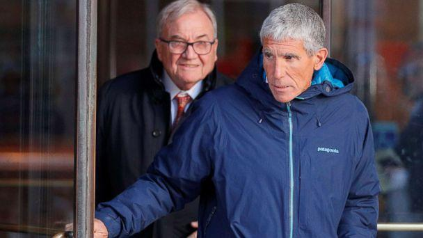 PHOTO: William 'Rick' Singer leaves the federal courthouse after facing charges in a nationwide college admissions cheating scheme in Boston, March 12, 2019. (Brian Snyder/Reuters)