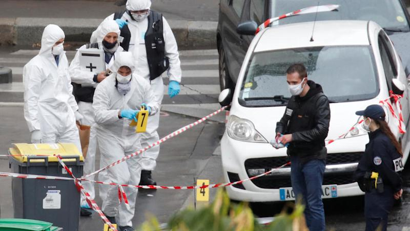 Suspect in Paris knife attack confesses to stabbings