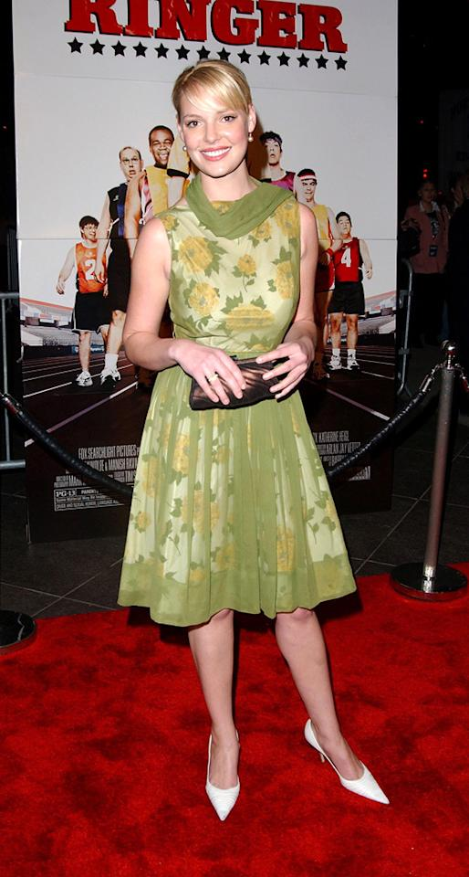 "7. <a href=""http://movies.yahoo.com/movie/1808405653/info"">The Ringer</a> L.A. premiere (2005)   We like her coif and copper-colored clutch, but Heigl's pointy pumps and layered granny-like dress did nothing but disappoint while on display at the film's debut."
