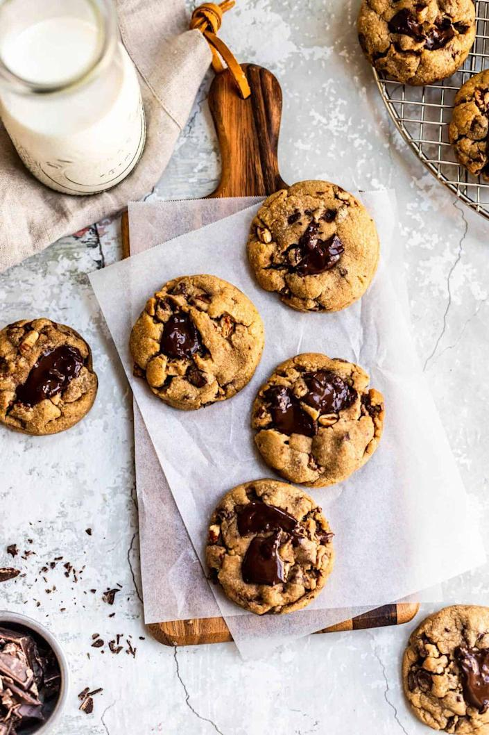 """<p>You can make these cookies all year-round, but there's something about the browned butter and crunchy pecans that just screams fall! </p><p><strong>Get the recipe at <a href=""""https://lenoxbakery.com/brown-butter-pecan-chocolate-chip-cookies/"""" rel=""""nofollow noopener"""" target=""""_blank"""" data-ylk=""""slk:Lenox Bakery"""" class=""""link rapid-noclick-resp"""">Lenox Bakery</a>.</strong></p>"""