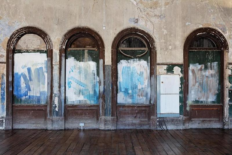 Decay: Inside the upstairs waiting hall. (Benedict O'Looney architects)