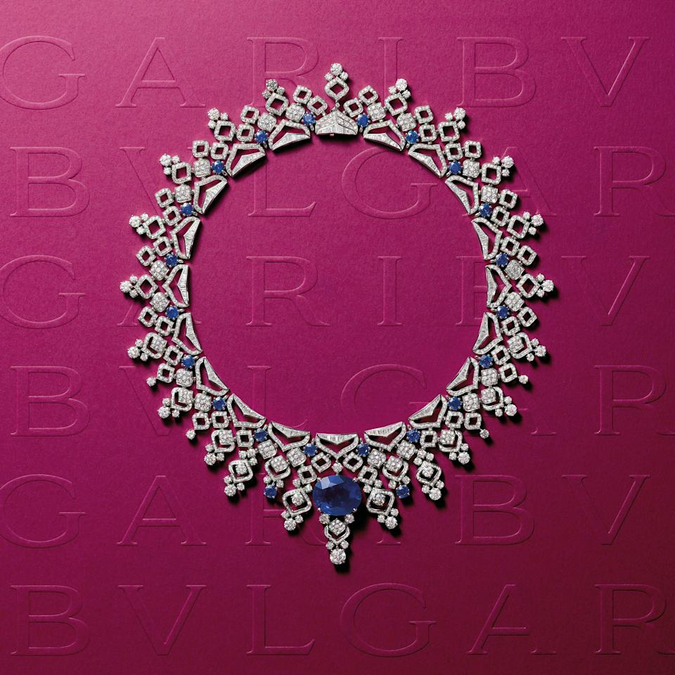 Sapphire Lace necklace in platinum with diamonds and sapphires