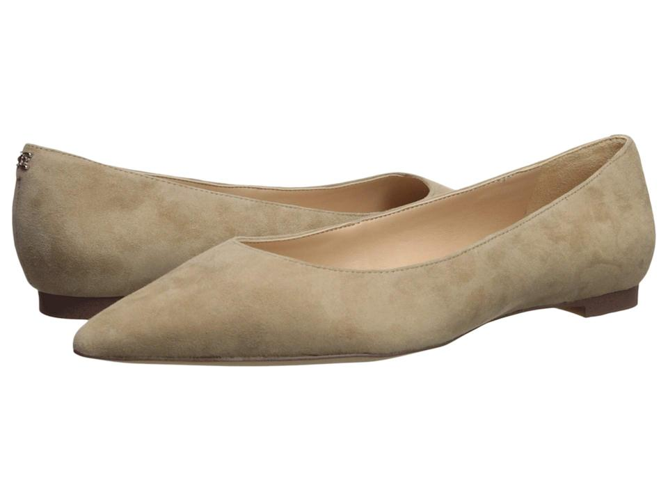 Meghan Markle wore these suede Sam Edelman flats in the shade Oatmeal. (Photo: Zappos)