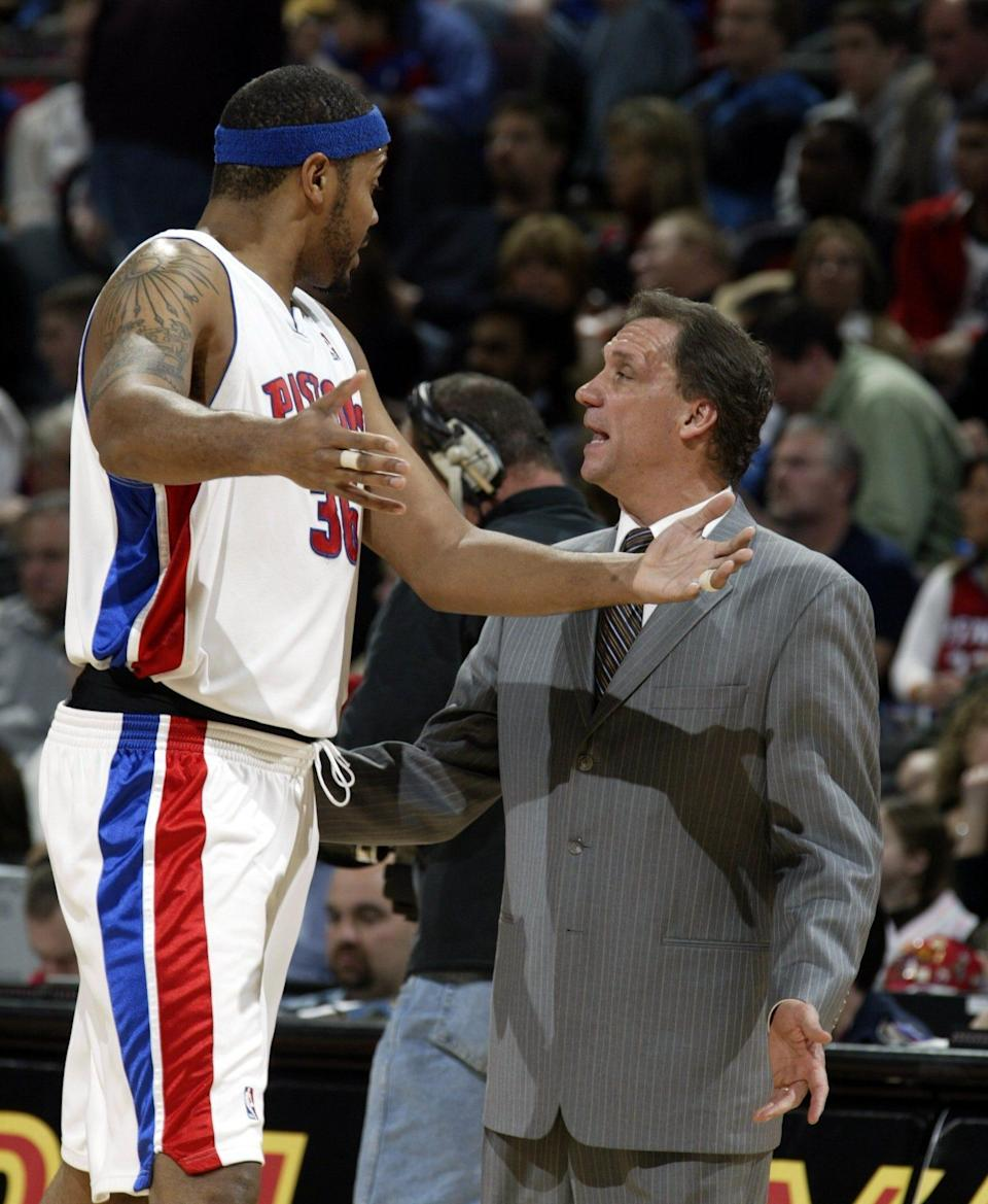 Pistons center Rasheed Wallace, left, has a few comments with coach Flip Saunders, right, as he comes out of the game against the Wizards on Friday, Jan. 26, 2007, at the Palace.