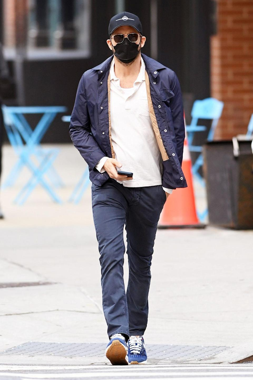 <p>Ryan Reynolds soaks up some sunshine while walking around N.Y.C.'s Tribeca neighborhood on Wednesday.</p>