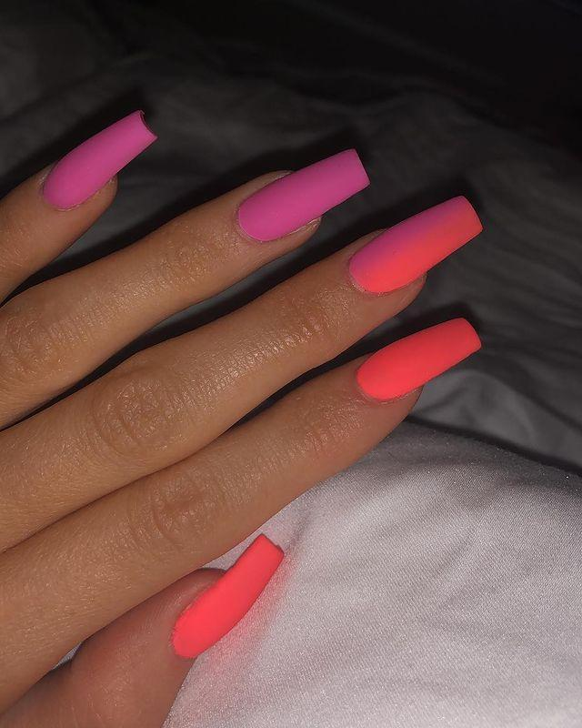 "<p>The queen of nail art is back with another stunning mani. She's serving us neons, she's serving us matte, she's serving us ombré – this manicure is every festival nail trend wrapped up in one. </p><p><a href=""https://www.instagram.com/p/Bv2GneOHqtu/?utm_source=ig_embed&utm_medium=loading"" rel=""nofollow noopener"" target=""_blank"" data-ylk=""slk:See the original post on Instagram"" class=""link rapid-noclick-resp"">See the original post on Instagram</a></p>"