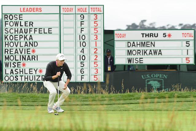 "<a class=""link rapid-noclick-resp"" href=""/pga/players/20980/"" data-ylk=""slk:Aaron Wise"">Aaron Wise</a>, one stroke off the lead after Day 1, sizes up a putt at Pebble Beach. (Getty)"