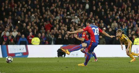 Britain Football Soccer - Crystal Palace v Arsenal - Premier League - Selhurst Park - 10/4/17 Crystal Palace's Luka Milivojevic scores their third goal from the penalty spot Action Images via Reuters / Matthew Childs Livepic