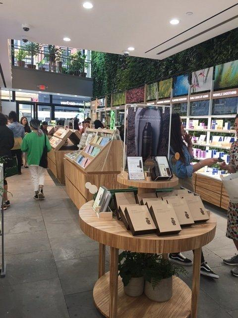 If you notice New York Cityresidents'complexions looking a little dewier than usual, perhaps that's because they've slathered on $2 face mask fromKorean beauty haven Innisfree, which just moved into town.