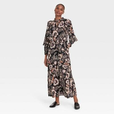 <p>You'll love the comfortable fit of this <span>Who What Wear Floral Print Balloon Long Sleeve Soft Ruffle Dress</span> ($40).</p>