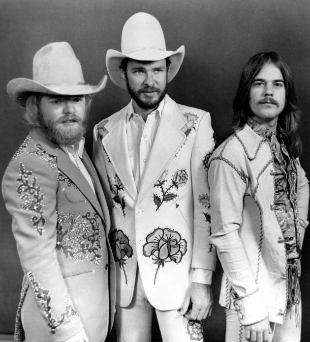 8022e4aed20f Story Behind ZZ Top s Famous Beards
