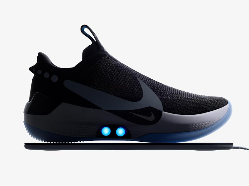 Sneakers Basketball Lacing Nike Unveils Bb Adapt Its Self uOiPkXZ