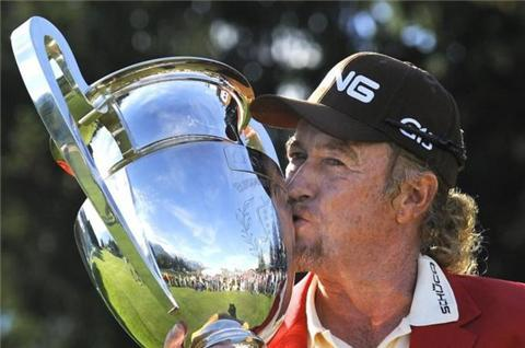 Jimenez out for months after ski accident