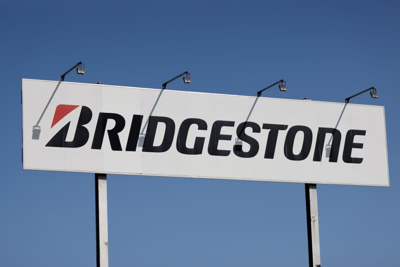 French ministers to visit Bridgestone plant under threat