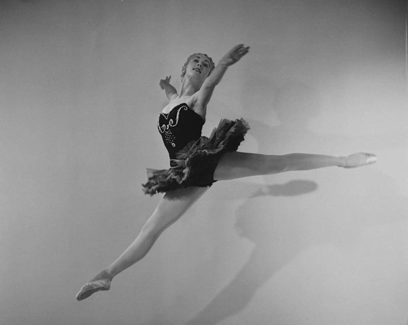 In George Balanchine's 'Ballet Imperial' in 1950