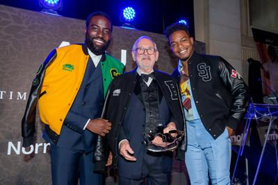 Shamier Anderson and Stephan James present the Lifetime Achievement Award to Norman Jewison at 11th APJ Festival Gala (CNW Group/Artists for Peace and Justice (APJ))