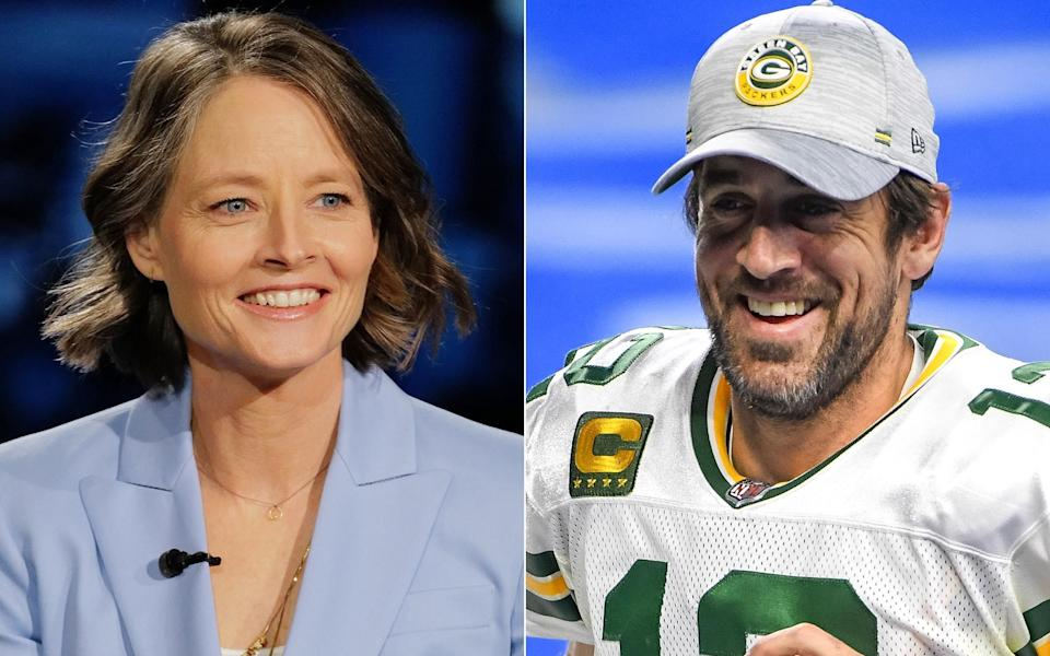 Actor Jodie Foster (left) continued her love fest with Green Bay Packers quarterback Aaron Rodgers on Sunday when she gave him a shoutout in her Golden Globes acceptance speech. (Photo: Getty Images)