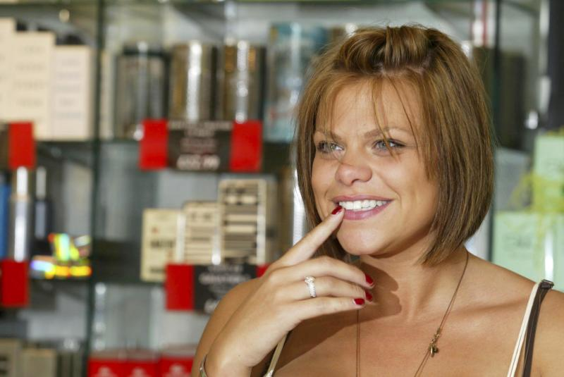 "British reality television star Jade Goody launching her new perfume ""ShhÉ"" at The Plaza Shopping Centre. London , Great Britain. June 20, 2006.; Job: 12627; (Photo by Patrick Catler/Photoshot/Getty Images)"