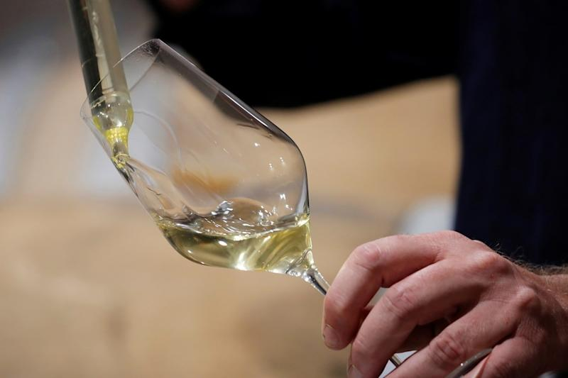 Happy Drink in Sad Times: Champagne-makers in France Gather Pandemic Harvest