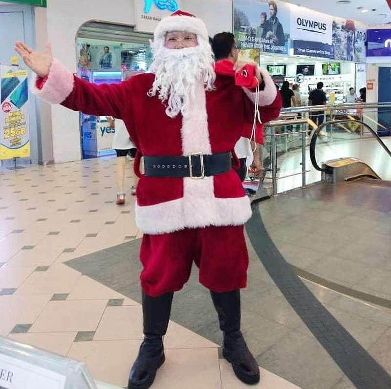 Creating an authentic Santa Claus character helps audiences suspend their disbelief for a moment and enjoy the Christmas spirit the jolly figure brings. — Picture courtesy of Alex Yap