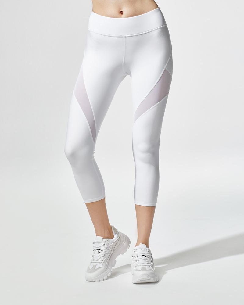 Inversion Crop Legging.