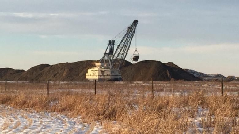 Labour group calls for independent agency to oversee Alberta coal phase-out