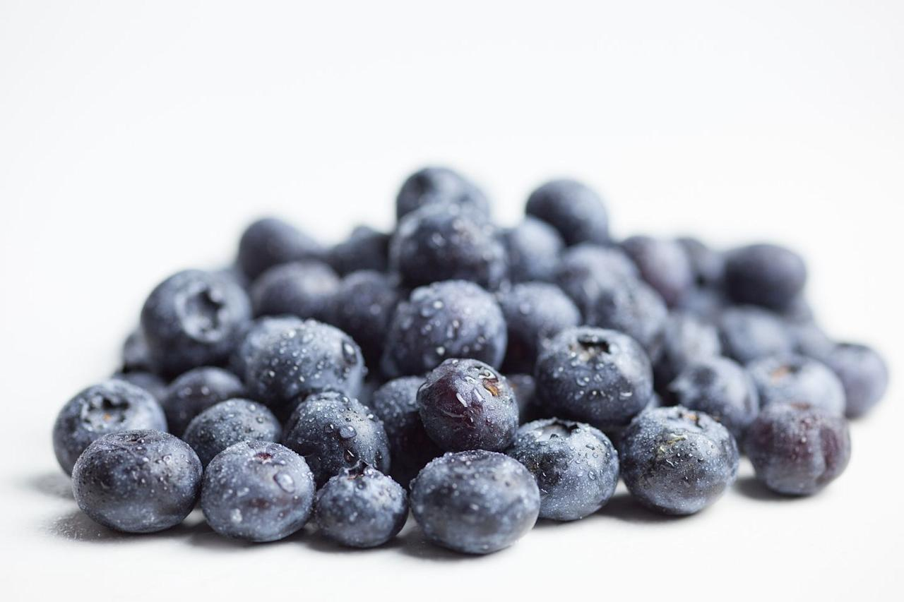 "<p>While blueberries are praised for their antioxidants, which boost the immune system and help quell <a href=""https://www.bicycling.com/health-nutrition/g20716217/best-anti-inflammatory-foods/"" target=""_blank"">inflammation</a> in the body, a <em></em> <a href=""https://www.karger.com/Article/FullText/341101"" target=""_blank"">study</a> published in <em>Gerontology </em>also found that consuming the fruit can help slow both the cognitive and motor decline that comes with age.<em></em></p>"