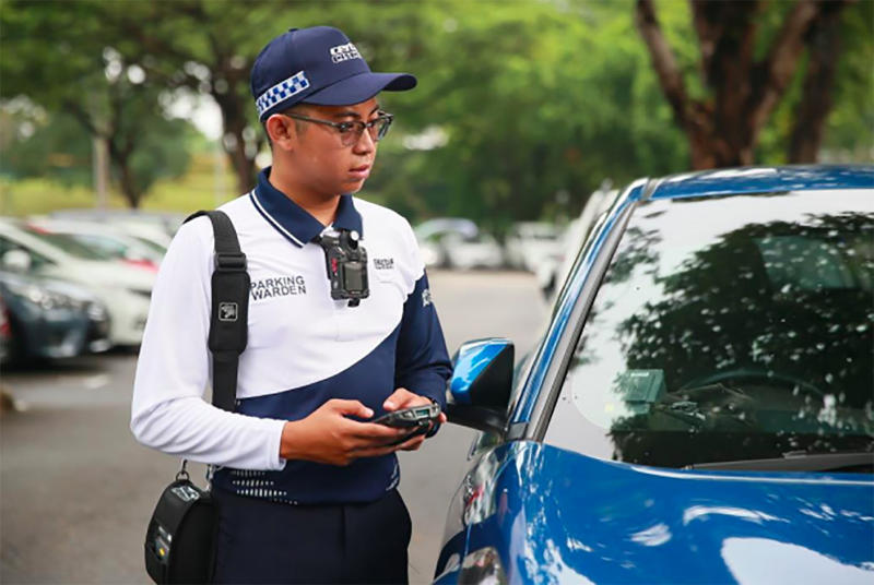 (New uniform for parking wardens in Singapore. PHOTO: LTA, URA, HDB)