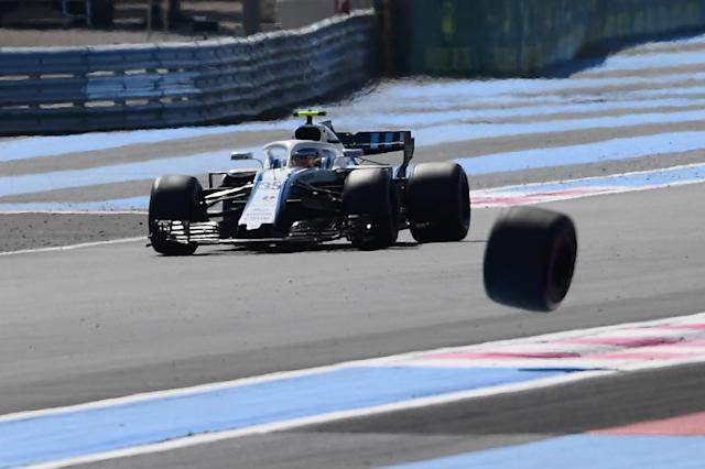 In an event-filled session on Friday William's driver Sergey Sirotkin found himself racing a wheel that had come off Sergio Perez's Force India car (AFP Photo/Boris HORVAT )