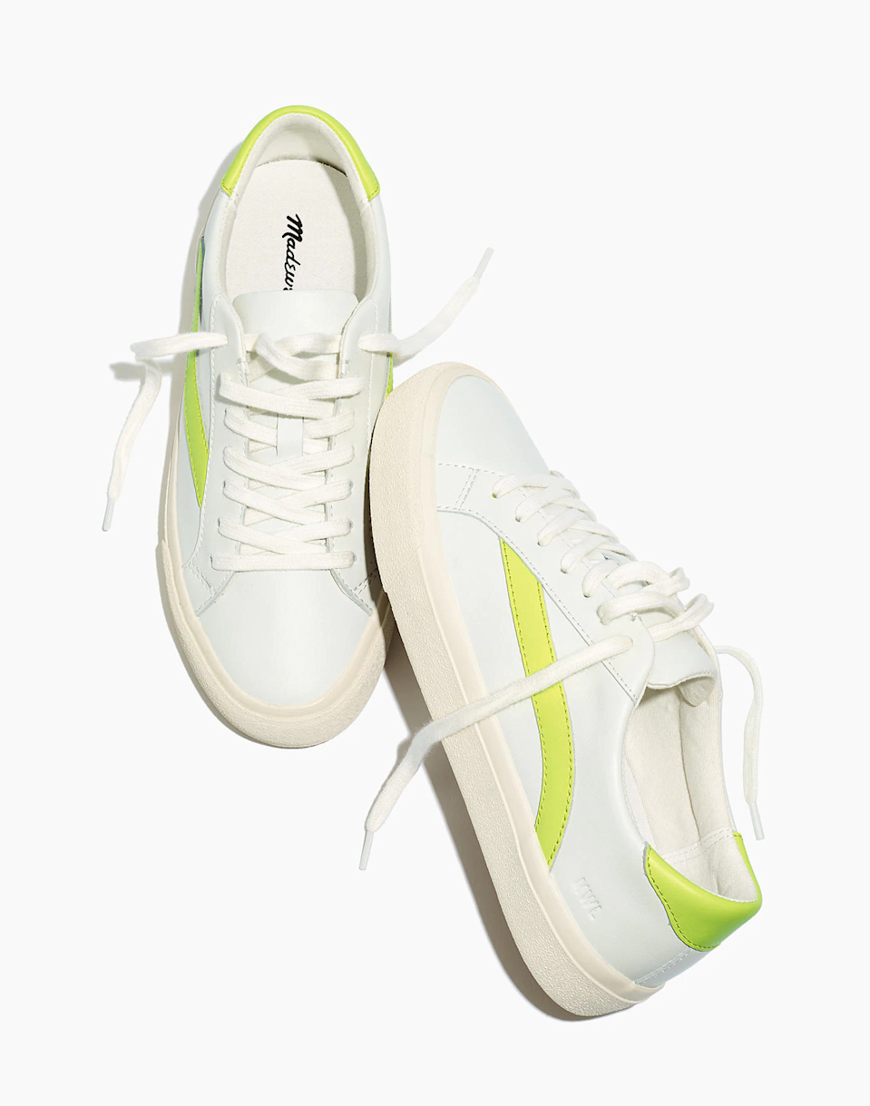 "<br><br><strong>Madewell</strong> Women's Sidewalk Low-Top Sneakers in Leather, $, available at <a href=""https://go.skimresources.com/?id=30283X879131&url=https%3A%2F%2Fwww.madewell.com%2Fwomen%2527s-sidewalk-low-top-sneakers-in-leather-99105421618.html"" rel=""nofollow noopener"" target=""_blank"" data-ylk=""slk:Madewell"" class=""link rapid-noclick-resp"">Madewell</a>"