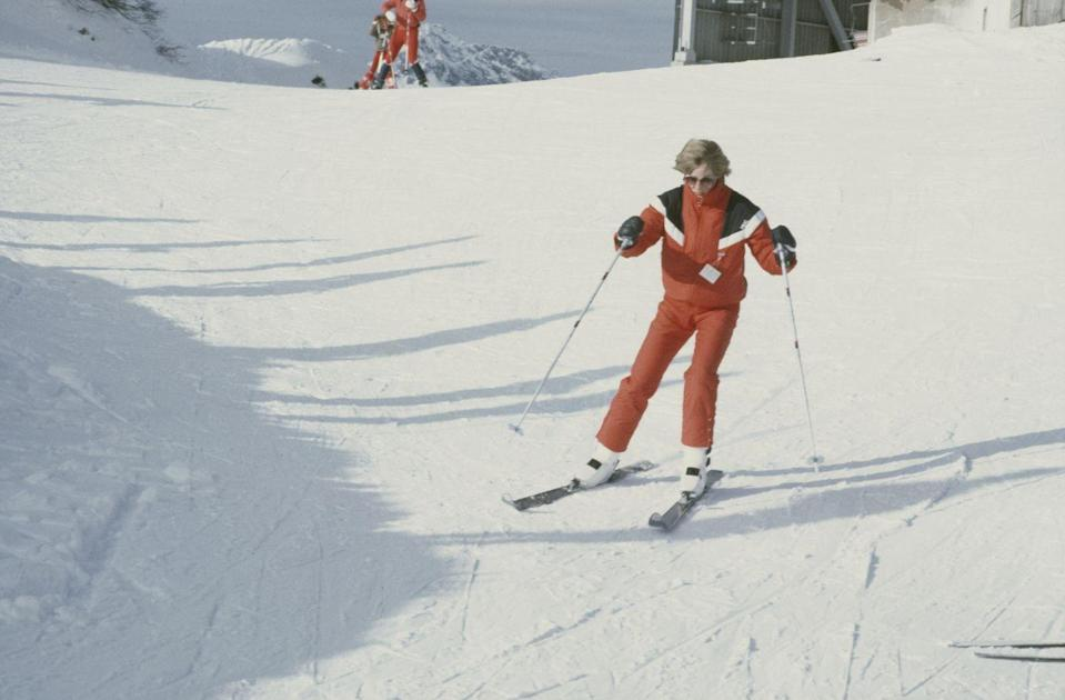 <p>Diana skiing down the slopes of Lech, Austria, on a private holiday.</p>