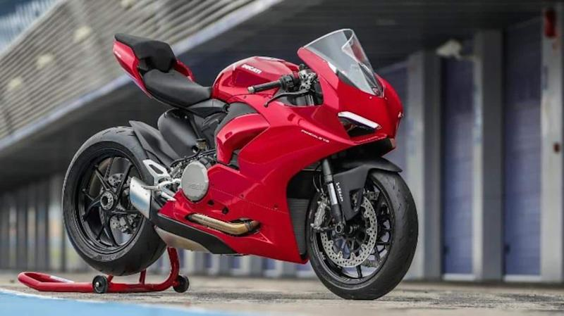 Ducati Panigale V2 motorcycle to be launched on August 26
