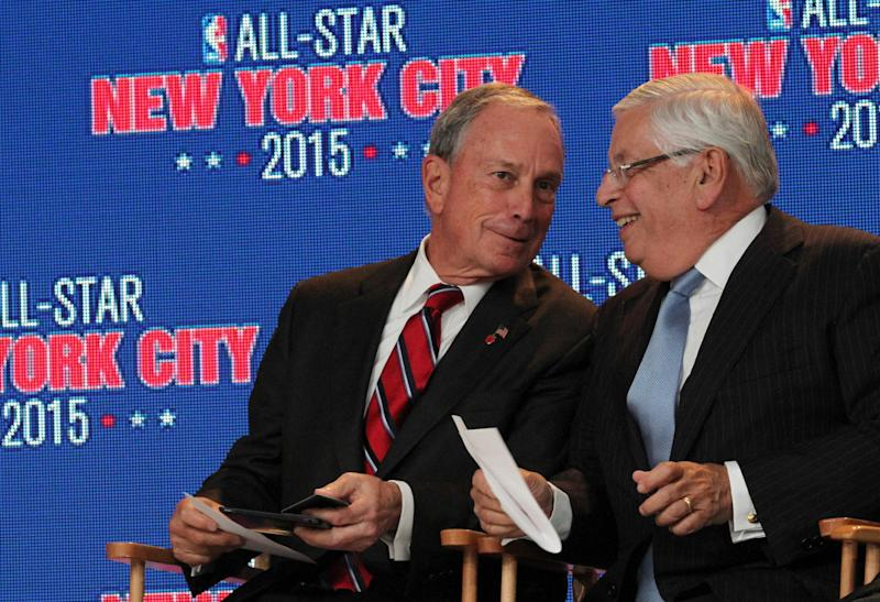 New York City mayor Michael Bloomberg, left, and NBA commissioner David Stern share a moment during a press conference Wednesday Sept. 25, 2013, in New York, announcing the selection of the city to host the NBA All-Star game in 2015. The 64th NBA All-Star game is scheduled to be played at New York's Madison Square Garden Sunday Feb. 15, 2015 with Friday and Saturday night events being held at the Barclays Center in the Brooklyn borough of New York. (AP Photo/Tina Fineberg)