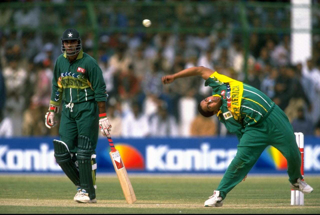 29 Feb 1996:  Paul Adams of South Africa bowls during the World Cup Group B game against Pakistan at the National Stadium in Karachi, Pakistan. \ Mandatory Credit: Mike Hewitt /Allsport