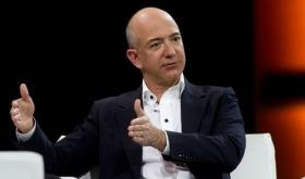 'Amazon to invest $1 billion in digitising SMBs': Jeff Bezos during three-day visit to India