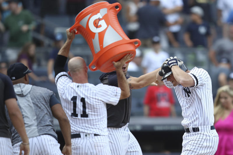 LeMahieu homers in 11th, Yanks hit 4 and finally top A's 4-3