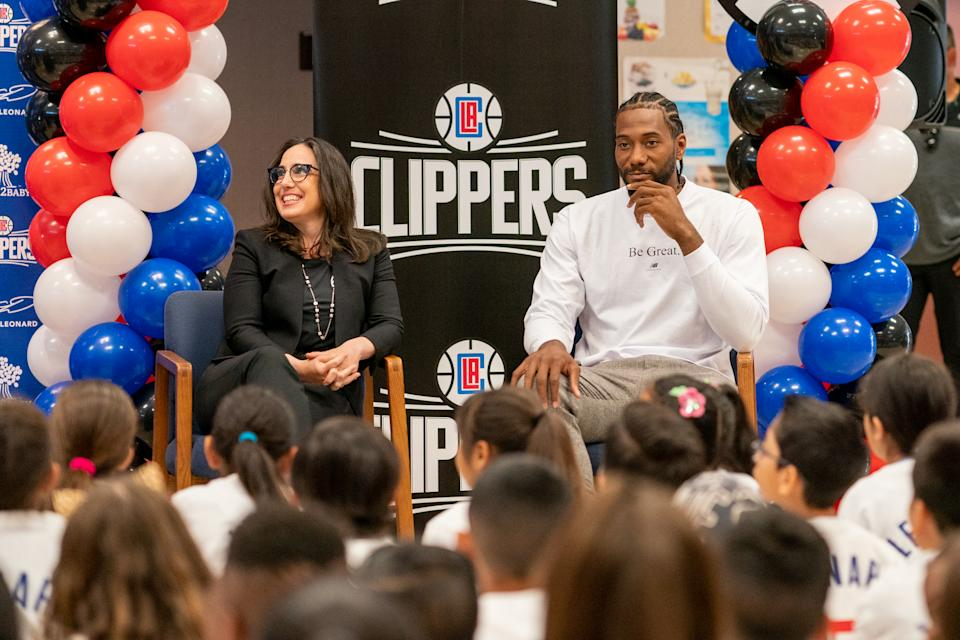 Kawhi Leonard partnered with the Clippers foundation and Baby2Baby to give backpacks to more than 1 million students on their first day back at school. (LA Clippers)